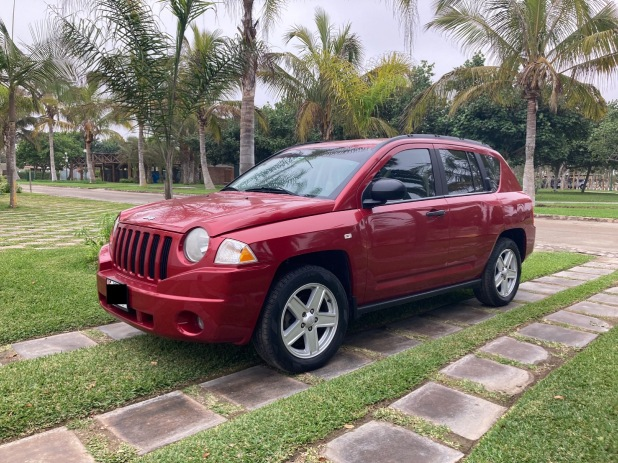 JEEP COMPASS 2008 73.000 Kms.