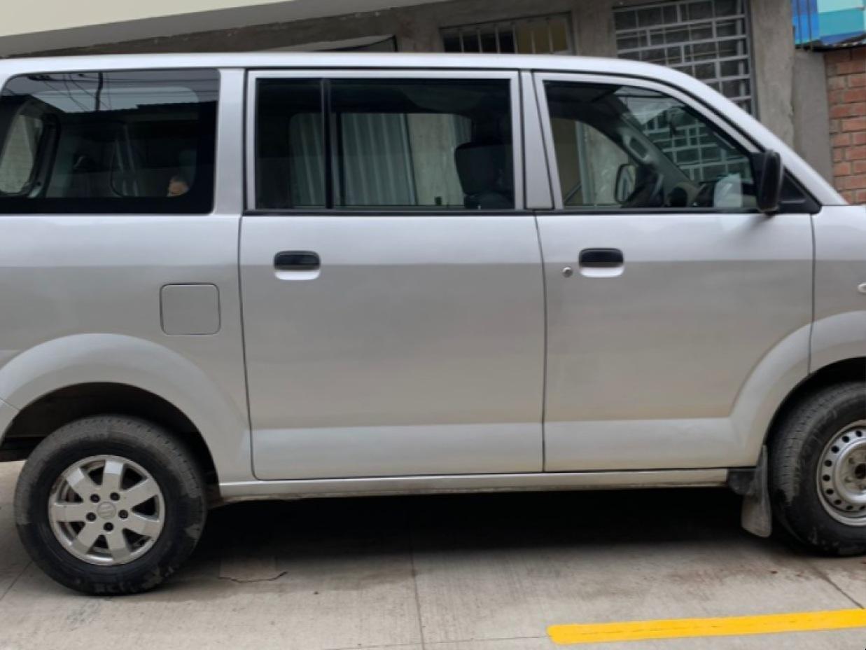 SUZUKI APV 2018 92.000 Kms.