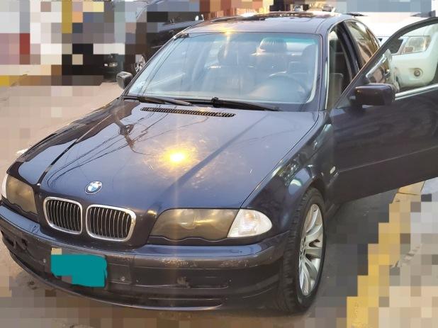 BMW 325 2000 199.000 Kms.