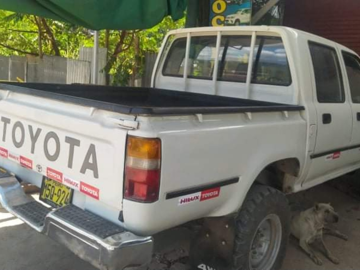 TOYOTA HILUX 2016 95.000 Kms.