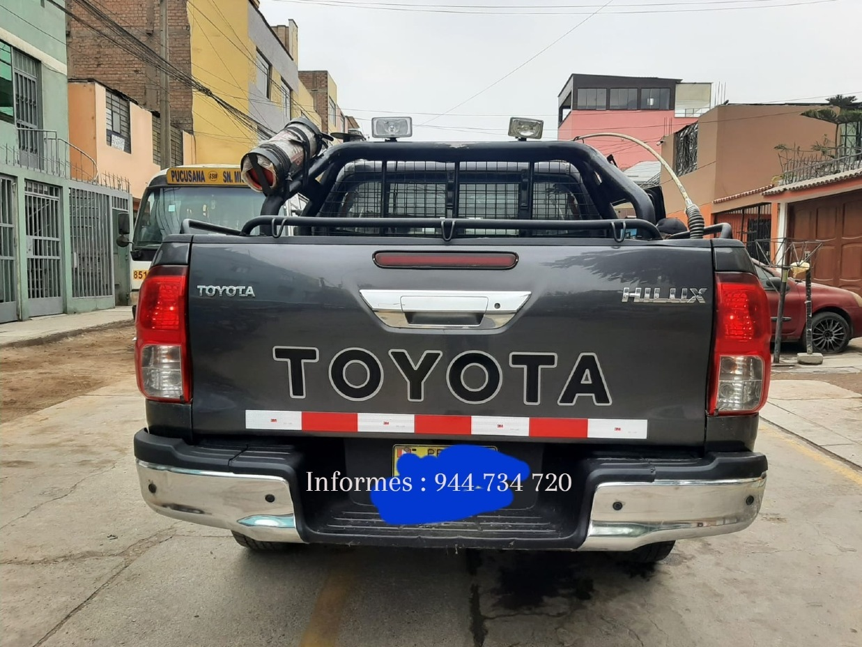 TOYOTA HILUX 2016 120.000 Kms.
