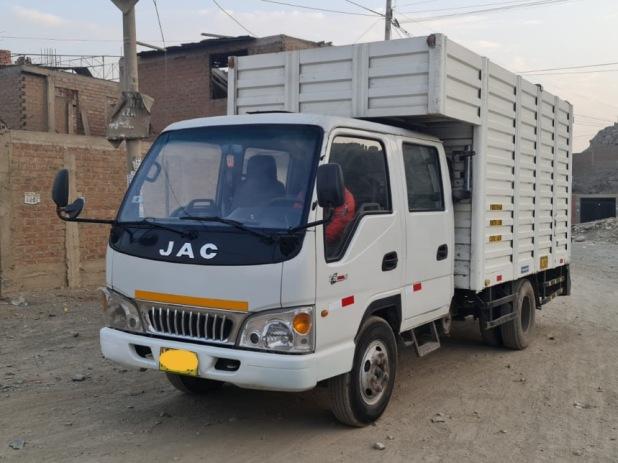 JAC D400 2018 90.000 Kms.