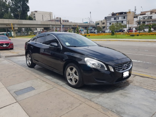 VOLVO S60 2012 49.560 Kms.