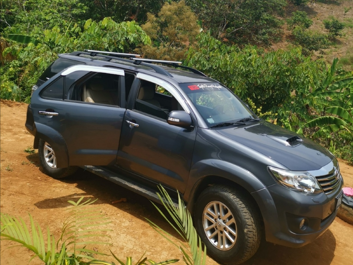 TOYOTA FORTUNER 2014 77.000 Kms.