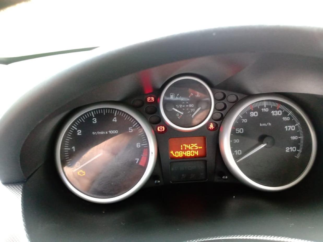 PEUGEOT 207 2011 84.804 Kms.