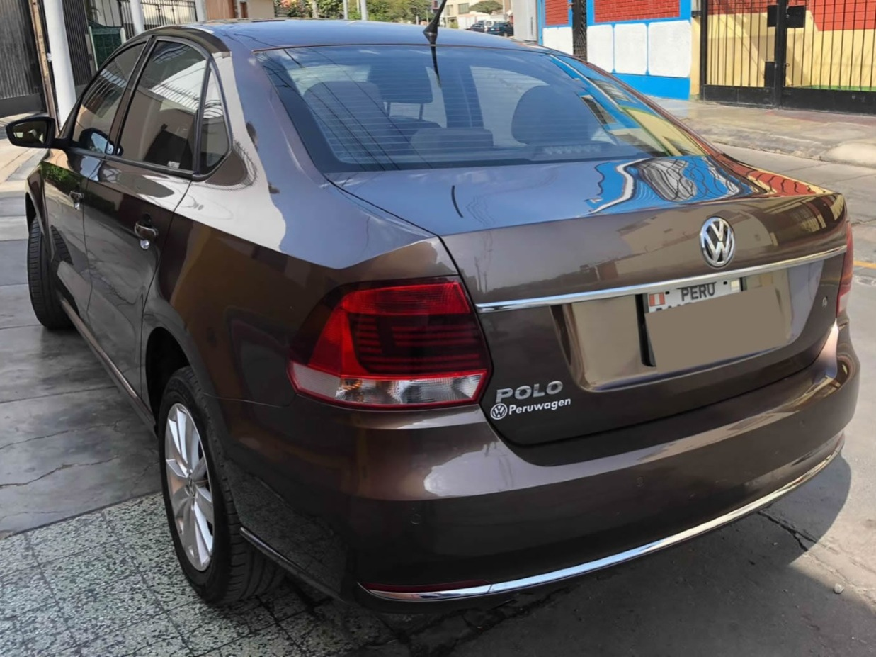 VOLKSWAGEN POLO 2017 40.000 Kms.