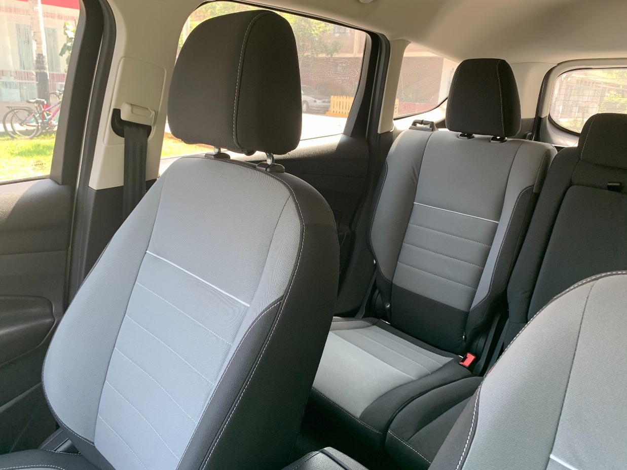 FORD ESCAPE 2012 37.104 Kms.