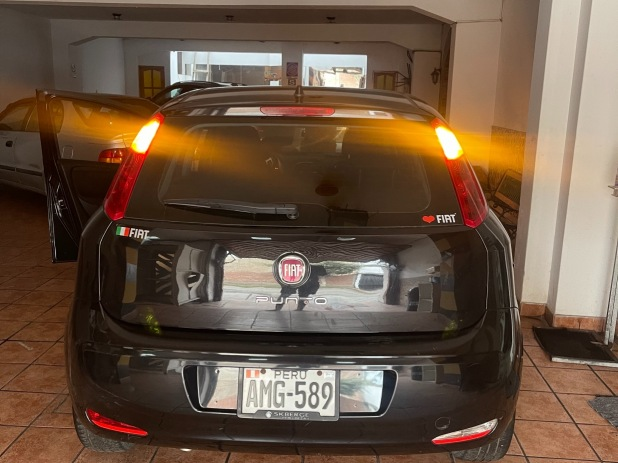 FIAT UNO 2016 60 Kms.