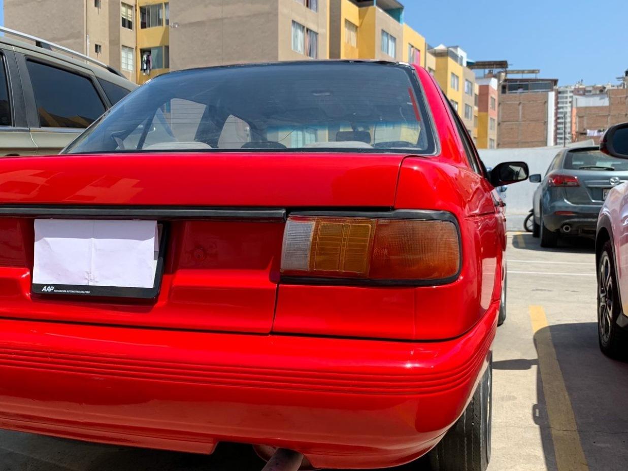 NISSAN SENTRA 1995 200.000 Kms.