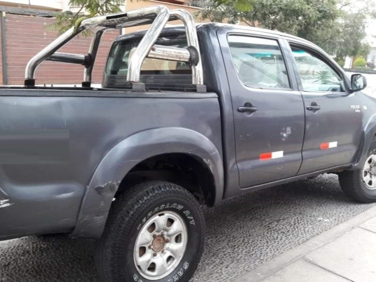 TOYOTA HILUX 2012 98.000 Kms.