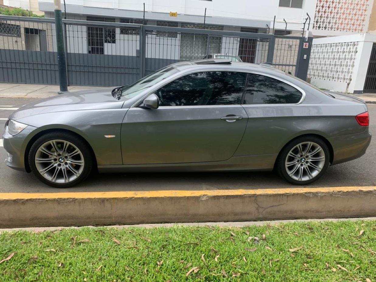 BMW 325 2011 76.000 Kms.