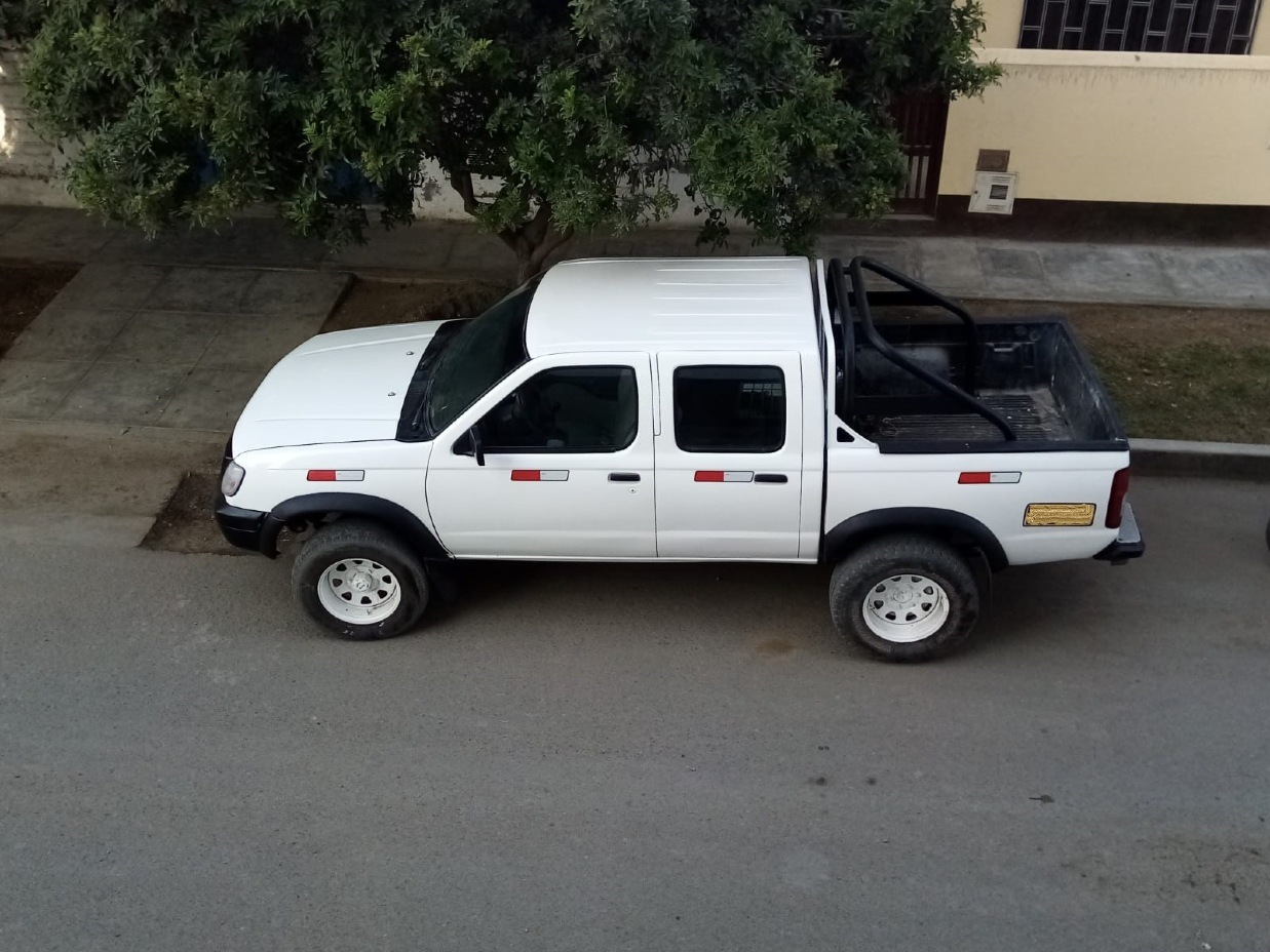 NISSAN TERRANO PICK UP 1998 10 Kms.