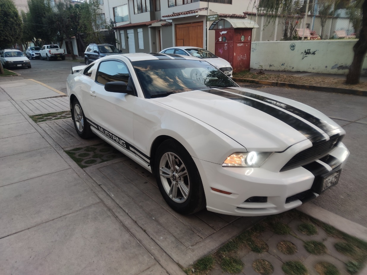 FORD MUSTANG 2014 46.000 Kms.
