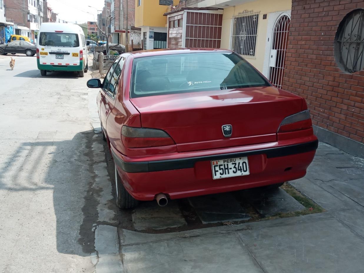 PEUGEOT 406 1998 135.000 Kms.