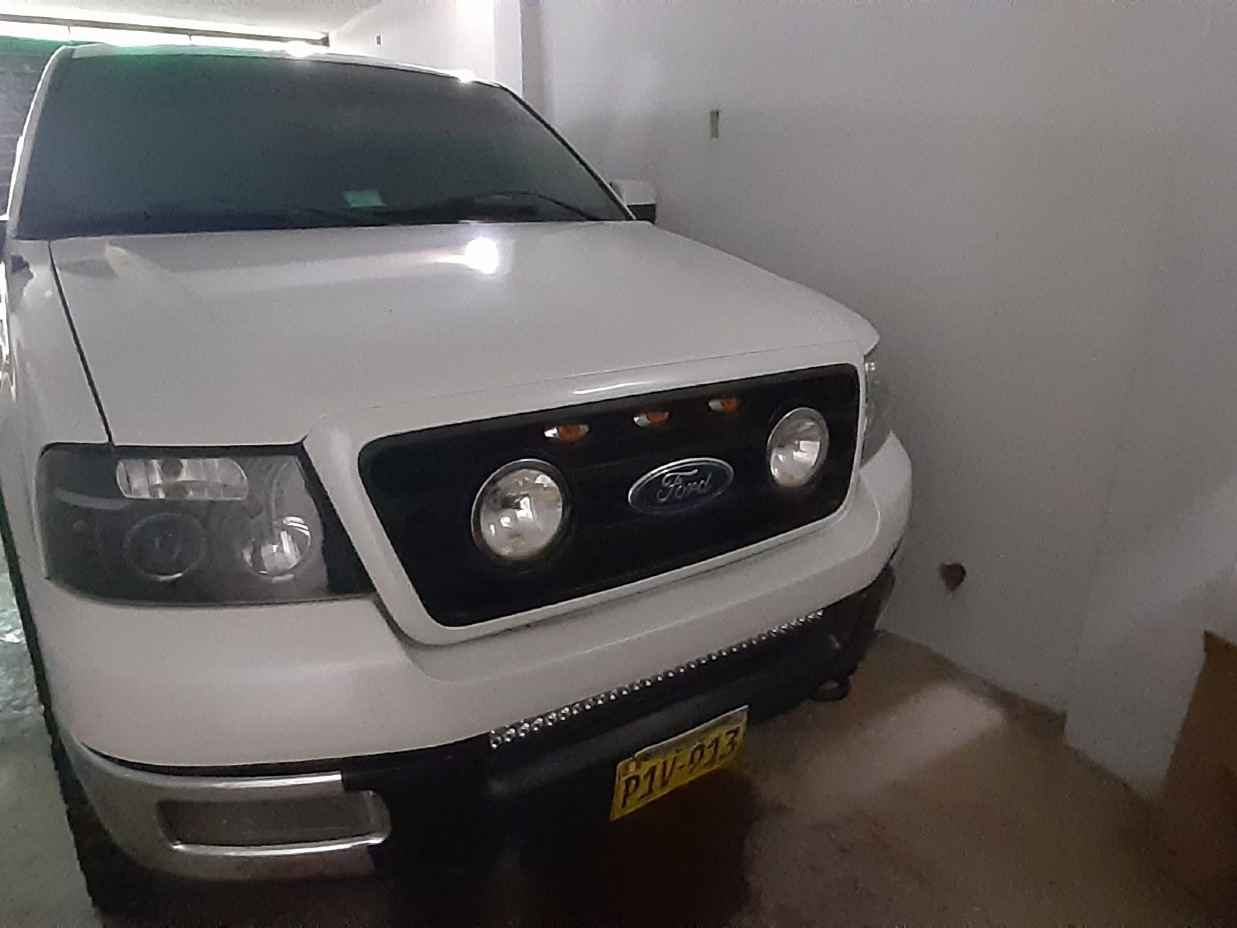 FORD F-150 2004 120.000 Kms.